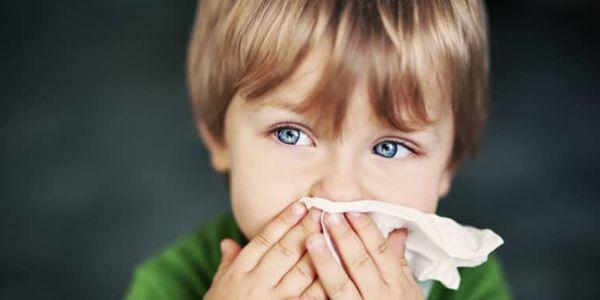 Dor de garganta sem febre com congestão nasal