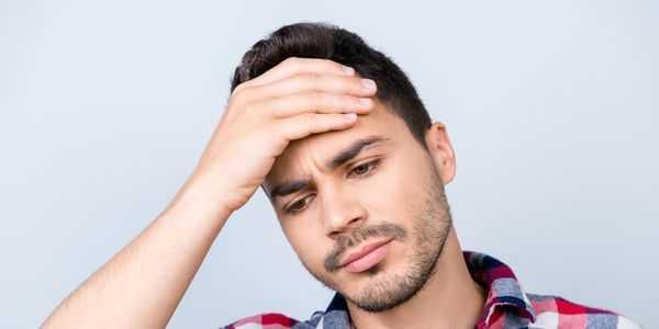 latejante-dor de cabeça-e-pulsante-dor-causas