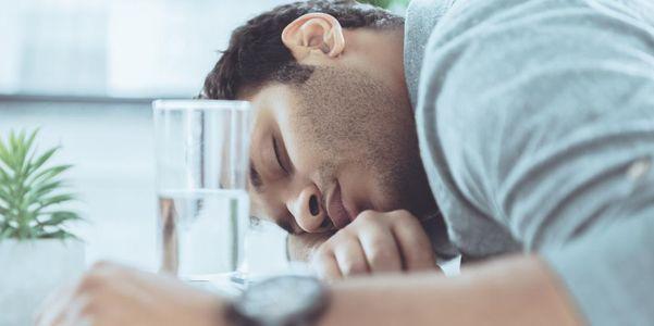 9 perigos da insônia e riscos para a saúde de muito pouco sono