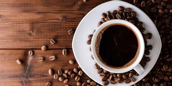 Alguns benefícios para a saúde de beber café diariamente