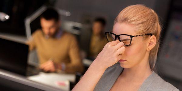 Causas e problemas de problemas de visão noturna