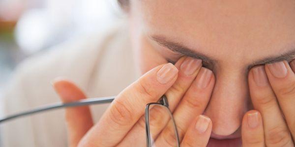 Dim Vision (Maçante Eyesight) Causas, Doenças e Tratamentos
