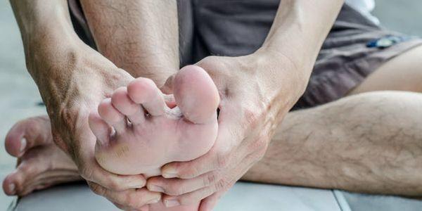 Dor no pé diabético, úlceras, cuidados e outros problemas