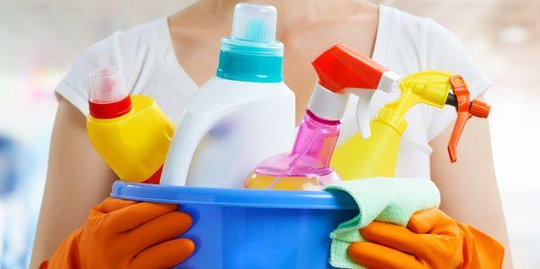 Envenenamento (Crianças, Adultos) Substâncias, Sintomas, Manejo