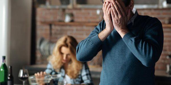 Medicação de desintoxicação de álcool e terapia medicamentosa para abstinência alcoólica