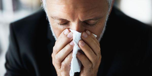 Sensibilidade nasal do nariz sensível que significa sintomas e causas