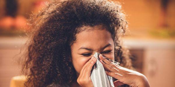 Tipos de rinite e causas da inflamação nasal