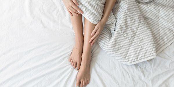 Tratamento e Gerenciamento de Cãibras nas Pernas à Noite