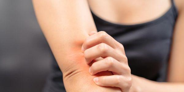 como gerir os sintomas da menopausa sem hrt