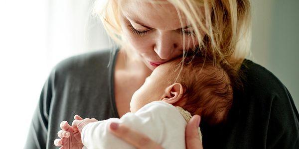 como você sabe se o leite materno é adequado para o bebê