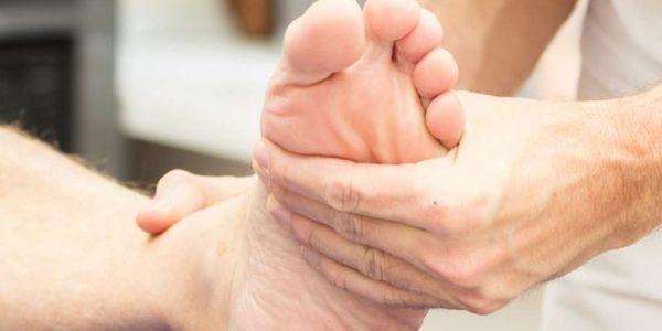 diagnóstico e tratamento de pés chatos