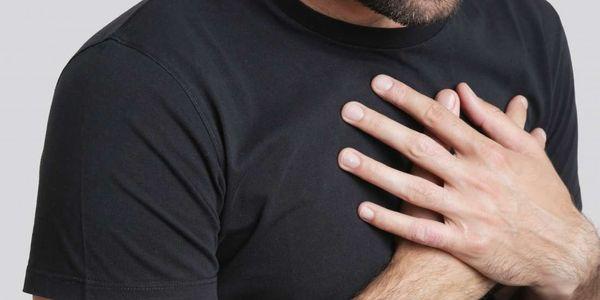dor epigástrica causa doença localização e sintomas