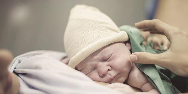 fórceps tipos de parto procedimento complicações vídeo