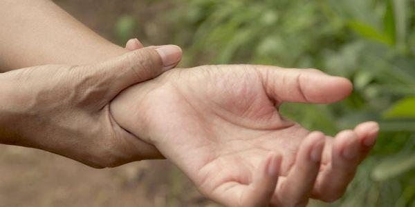fotos de juntas e ossos de articulação do punho e dedo juntas