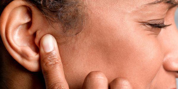 furo eardrum perfurado no ouvido informação e vídeo