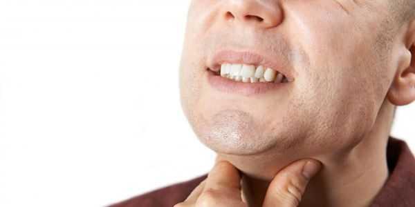 garganta irritada provoca outros sintomas e remédios