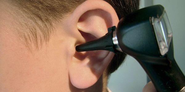 inflamação do ouvido médio inflamação otite média crônica aguda