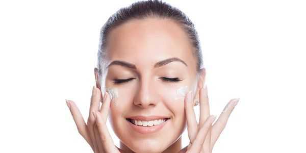maneiras simples de evitar a pele seca