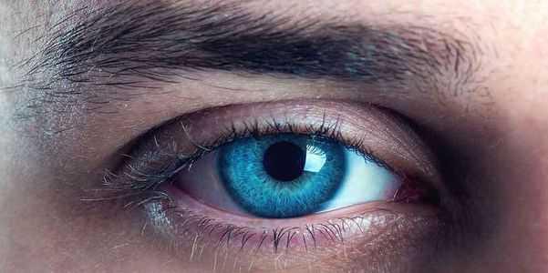 olho anormal piscando excessivo raramente causa remédios