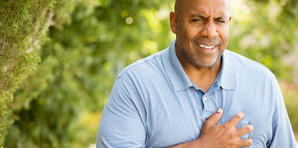 pericardite sintomas agudos e crônicos dor e causas