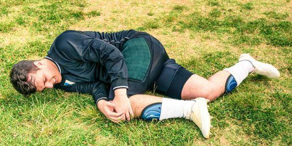 rasgado menisco no joelho meniscal lágrima provoca sintomas tratamento