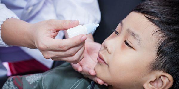 sinais de glaucoma em crianças e bebês adultos
