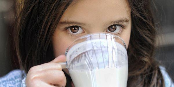 sinais de intolerância à lactose significado e por que isso ocorre