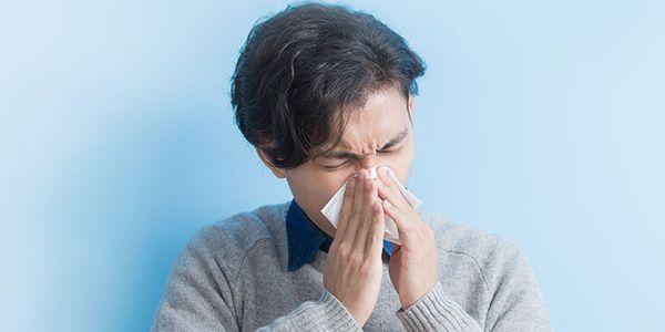 sintomas e prevenção das diferenças comuns entre gripes e resfriados