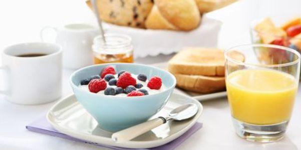 tipos de alimentos e bebidas com alto teor de açúca